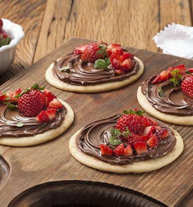 pizza-de-chocolate-e-morango