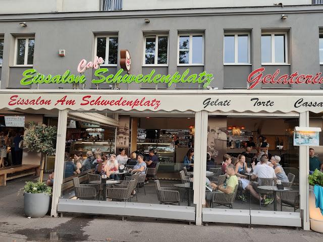 [#Vacances] Eissalon am Schwedenplatz, Viena