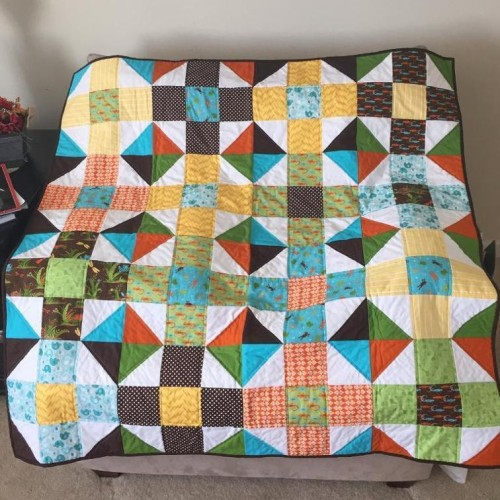Mod Nine Patch Quilt - Free Pattern