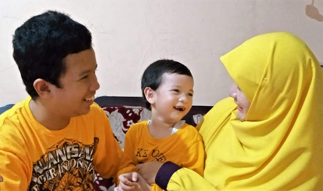 Indosat tanpa kepura-puraan cover