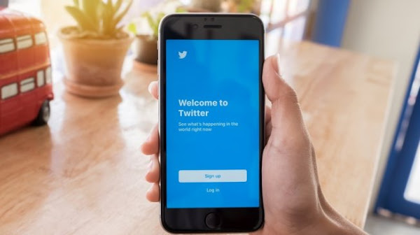 Twitter Prepares New Feature To Hide Old Tweets