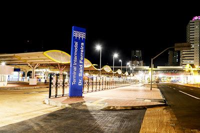 """Totem traz a denominação """"Terminal Intermodal"""" – Foto: Aldemir de Moraes / PMM"""