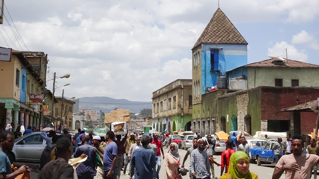 Addis Ababa Merkato is good to visit in one hour