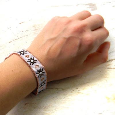 купить красивые браслеты из бисера необычные украшения ручной работы россия