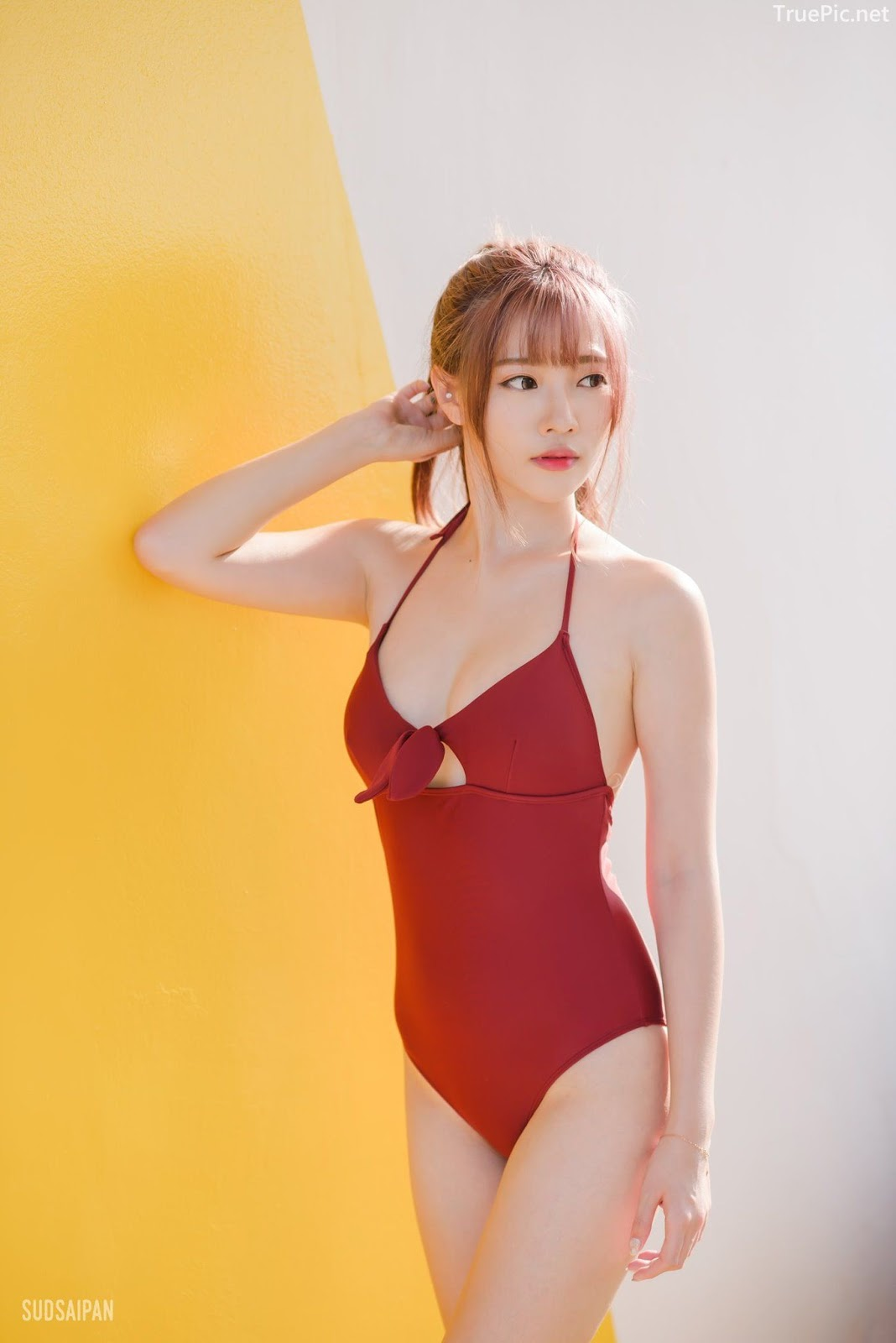Chinese hot streaming girl - 簡欣汝 - Red Swimming Suit - TruePic.net - Picture 3