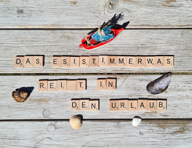 Das ESISTIMMERWAS reist in den Urlaub: 3 Tipps, wie Ihr es wieder nach Hause schickt. Sogar im Dänemark-Urlaub kann etwas sein - das hier hilft Euch bestimmt!