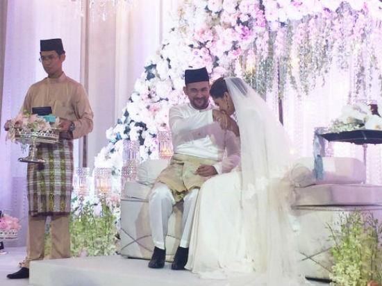 (Gambar & Video) Sharnaaz Ahmad Sah Bergelar Suami Kepada Noor Nabila