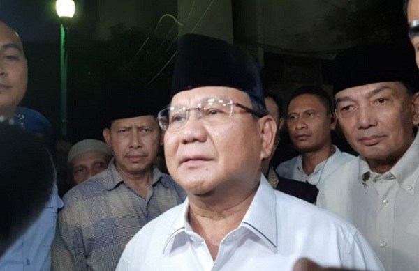 Kesimpulan Prabowo Setelah Menjenguk Wiranto: Tak Ada Rekayasa