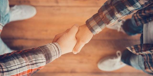 Langkah untuk Berhasil Berinteraksi dengan Orang Lain
