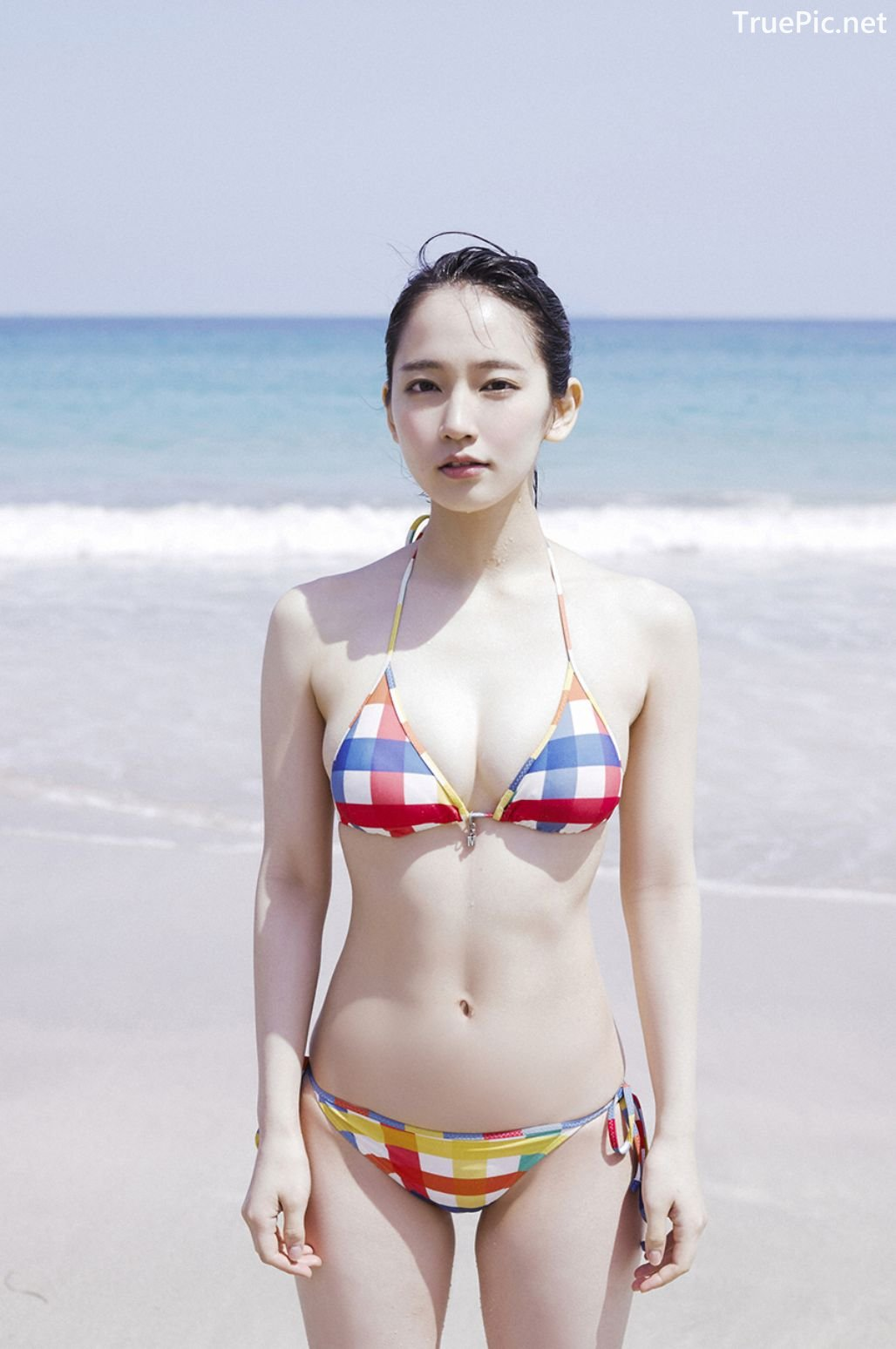 Image-Japanese-Actress-And-Model-Riho-Yoshioka-Pure-Beauty-Of-Sea-Goddess-TruePic.net- Picture-6