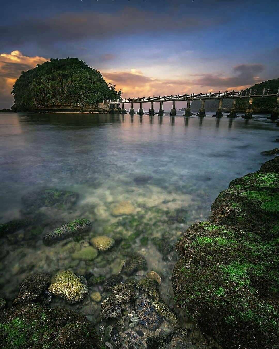 Fasilitas Pantai Jembatan Panjang Malang
