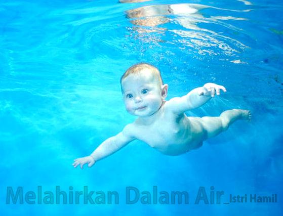 melahirkan dalam air