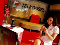 PT Telekomunikasi Selular - Recruitment For D3, Fresh Graduate CS Cashier GraPARI Telkomsel April 2016