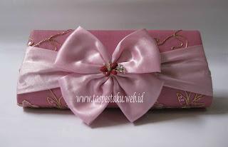 Tas Pesta Broklat Baby Pink Ayu dan Anggun