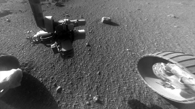 Científicos descubren misteriosas rayas de piedra en Marte