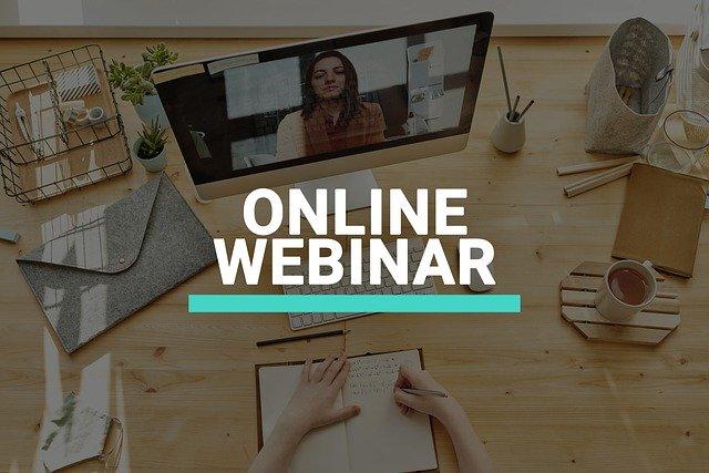 Perbedaan Webinar dan Meeting Online yang Marak Belakangan Ini