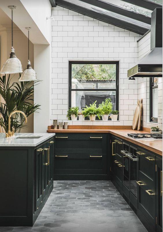Wonderful Black Kitchen Design Idea