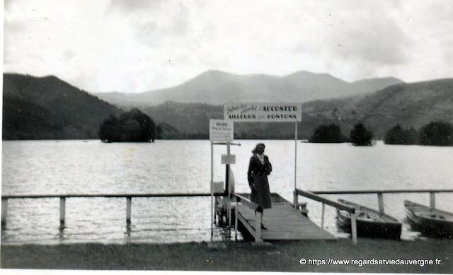 photo ancienne : les vacances, lac Chambon, Auvergne