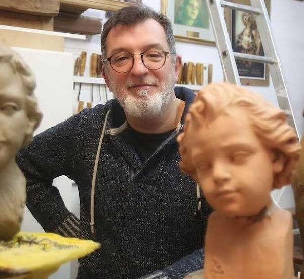El imaginero y artista gaditano, Luis González Rey, cartelista de la Semana Santa de Cádiz de 2021