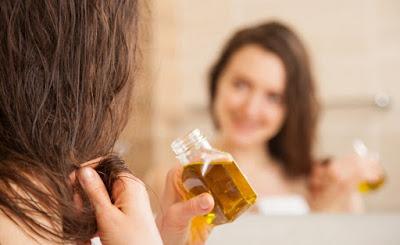 Manfaat Minyak Kelapa Untuk Kesehatan Rambut