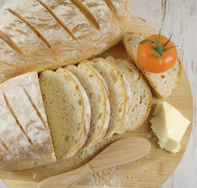 przepis na domowy pszenny chleb, domowe pieczywo najlepsze