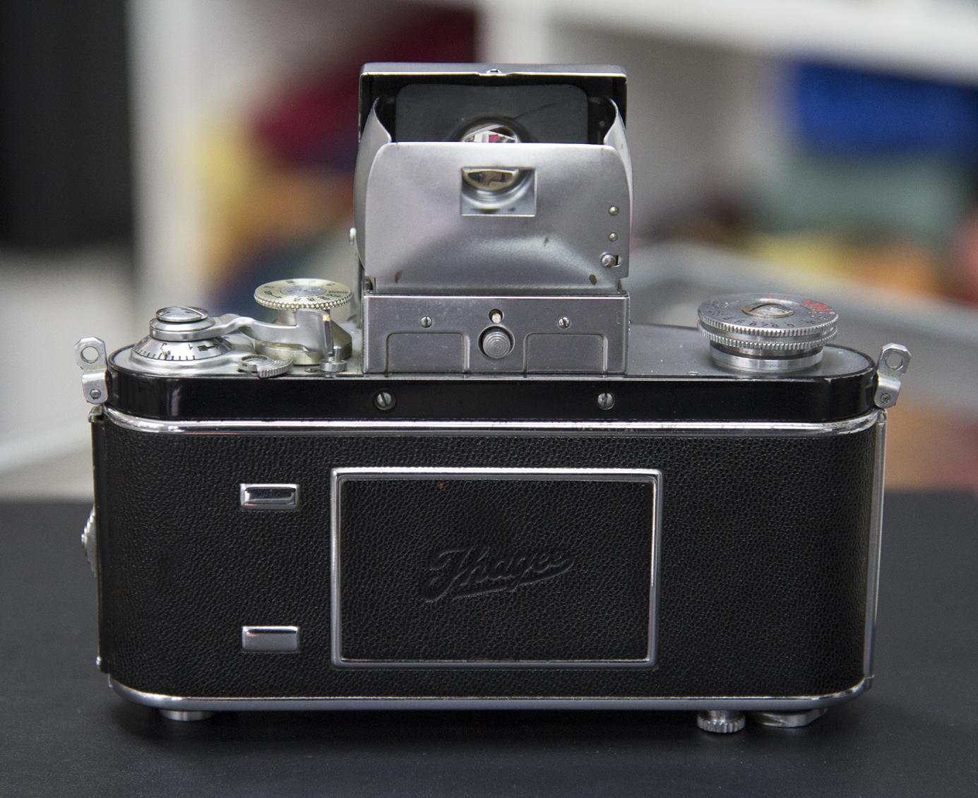 elrectanguloenlamano: Kine Exakta Round Magnifier in B/A
