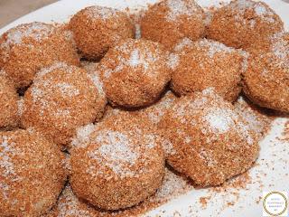 Gomboti cu prune de post reteta traditionala de casa retete culinare deserturi romanesti,