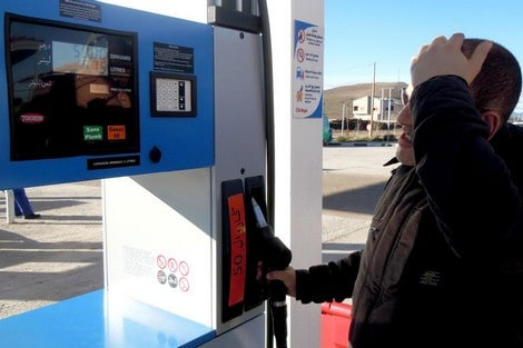 Morocco-slows-down-in-the-oil-crisis-and-gas-stations-count-losses