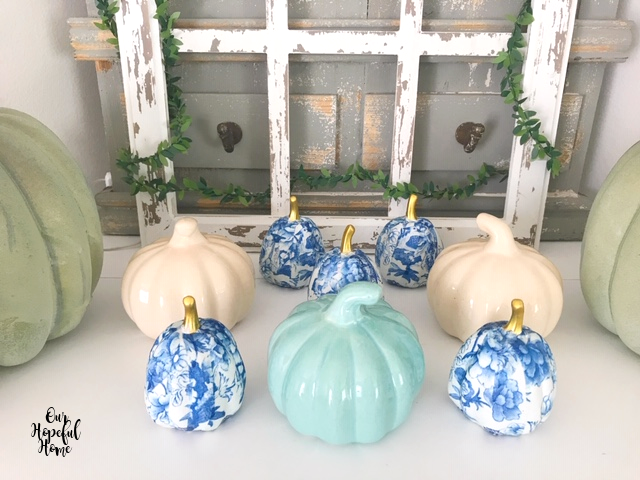 living room fireplace mantel fall decor pumpkins