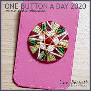 Day 264 : Little Star - One Button a Day 2020 by Gina Barrett