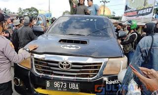 Demo Berujung Aksi Sweeping, 3 WNA China di Kendari Disandera Massa