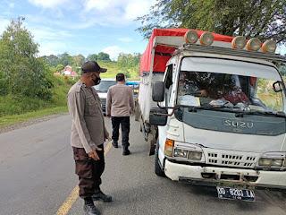 Menekan Angka Penyebaran Covid 19 Di Kabupaten Enrekang Personel Polsek Cendana Terus Galakkan Oprasi Yustisi
