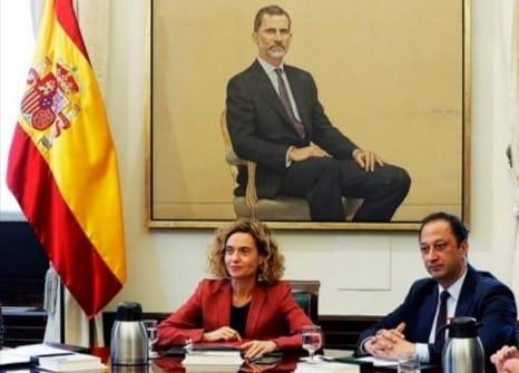 PP, PSOE y Vox tumban las comparecencias de Sánchez y Calvo para explicar la salida del Rey Emérito