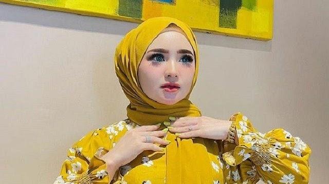 Sosok Selebgram Aceh Herlin Kenza Diduga Sebabkan Kerumunan, Miliki 9 Ajudan