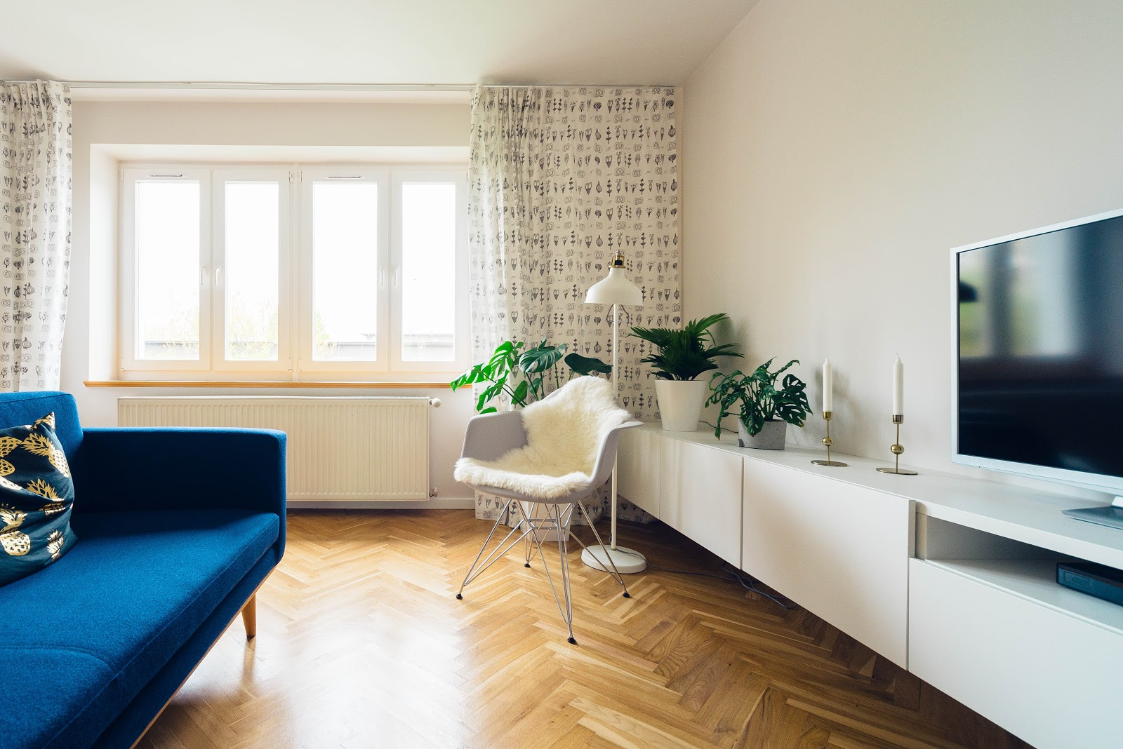 , Minimalist Housekeeping: How to Keep Your Home Looking Like a Haven