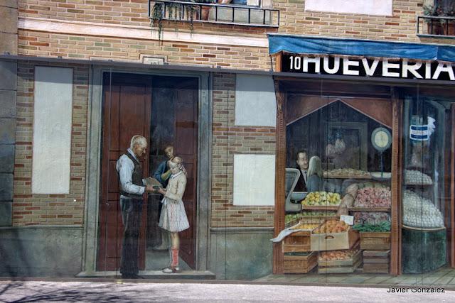 10 Increíbles Trampantojos y murales en Navalcarnero por Alberto Pirrongelli