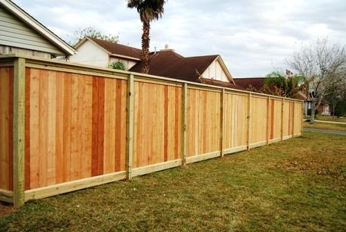 Step-by-Step Instructions for Renovate a Faded Wood Fence