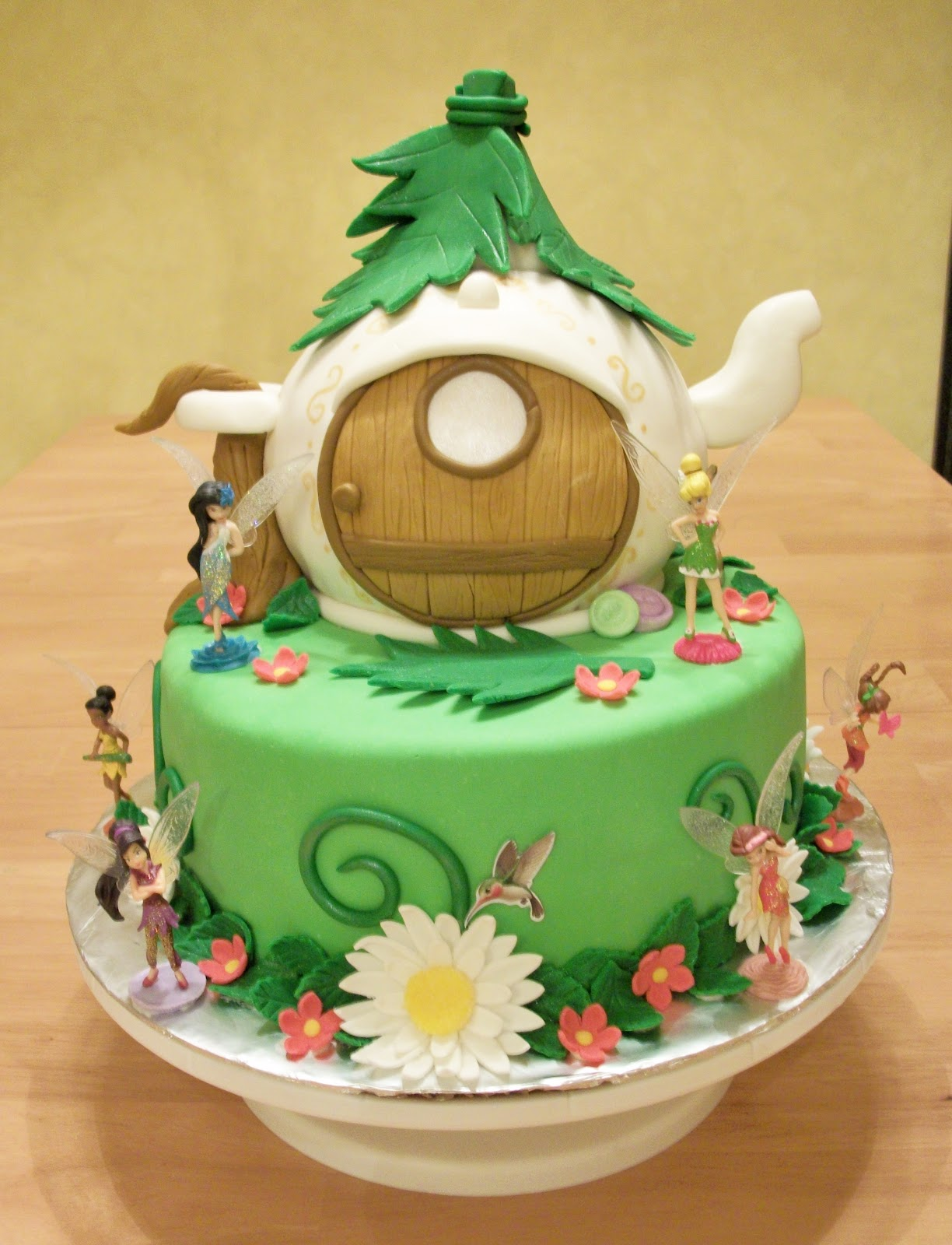 Bellissimo Specialty Cakes Quot Tinkerbell S Teapot House
