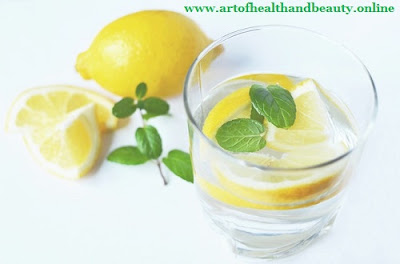Is lemon juice good for detoxing?