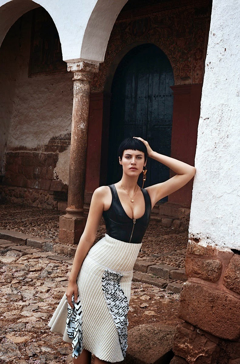 Alana-Bunte-By-Alexander-Neumann-For-Vogue-Mexico-December-2014-02
