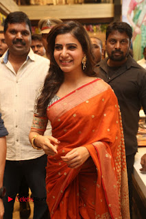 Actress Samantha Pictures in Saree at South India Shoping Mall Launch 0248