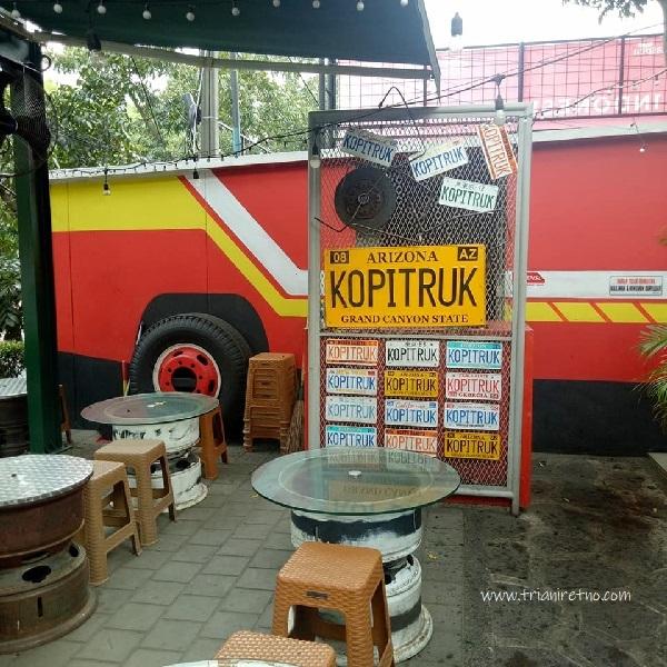 kopi truk tempat ngopi di bandung yang unik dan instagramable
