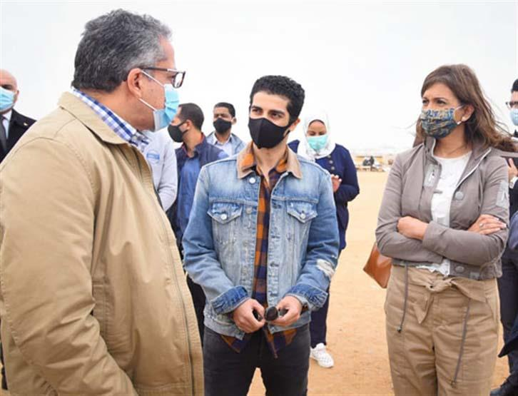 "Photos | Mina Masoud on a tour accompanied by the Ministers of ""Antiquities"" and ""Immigration"""