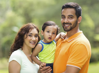 Hindi Article on relation of child and mother father