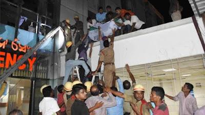 India hospital fire kills at least 20
