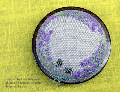 The top of the Lorna Bateman Lavender and Bees pincushion from the top