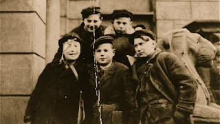 Little Heroes From The Warsaw Ghetto | Watch online Documentary films