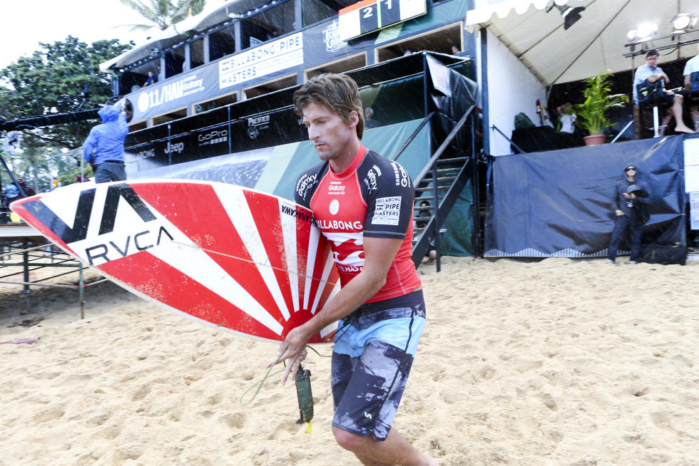 43 Bruce Irons Billabong Pipe Masters Fotos WSL Kelly Cestari