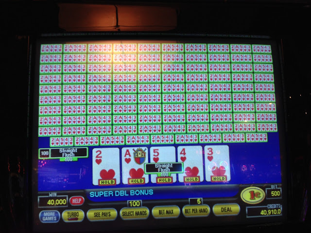 Video Poker Dealt Straight Flush on 100 Play