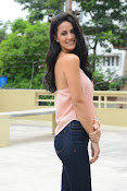 Larissa bonesi new glam pix-thumbnail-7